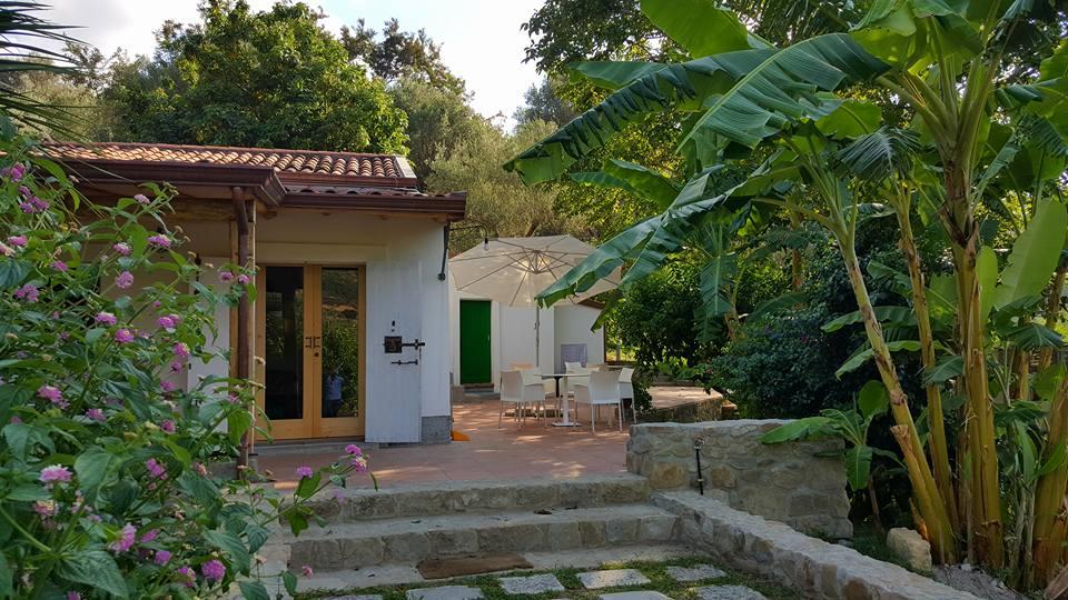 Casa del Banano private veranda